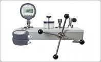 Digital Pressure Calibrators