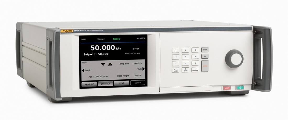 The Fluke 8270A houses up to five measurement modules at the same time.