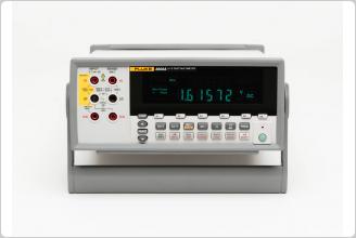 Fluke 8808A 5.5 Digit Multimeter