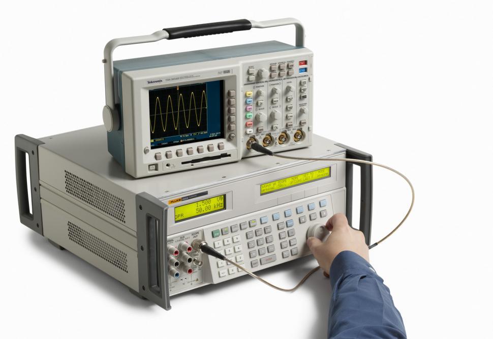 5522a multi product calibrator rh us flukecal com Fluke Meg Meter Fluke Tester